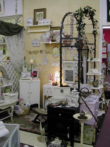 Cottage Charm Furniture 032