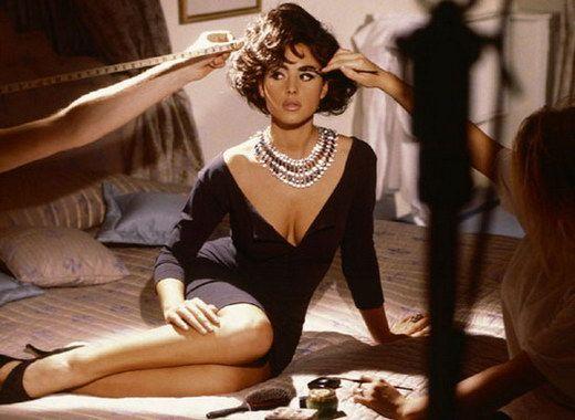 Monica Bellucci Sexy Photoshoots