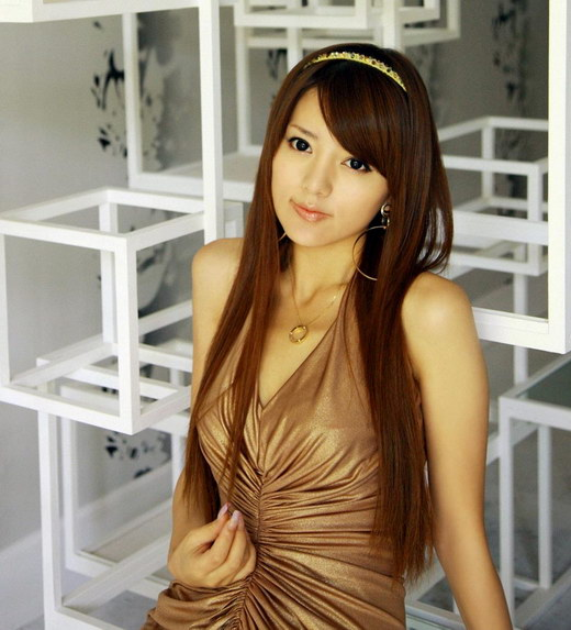 Cute Asian Girls Long Sleek Hairstyles for 2009. Beautiful long hairstyle