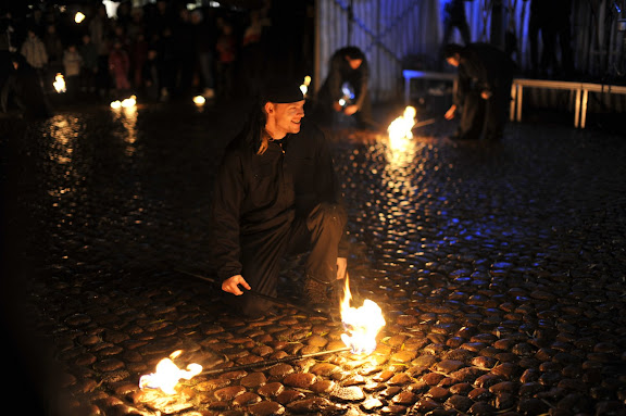 Eldshow på Hertig Johans torg