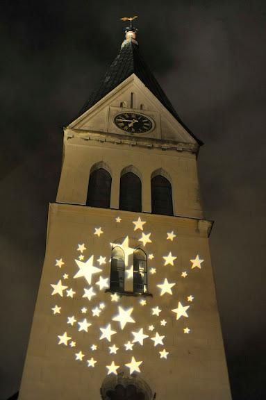 Belysning på vår kyrka som ligger presic vid Clarks