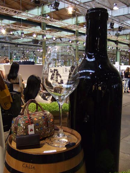 Gigantisk vinbutelj;)