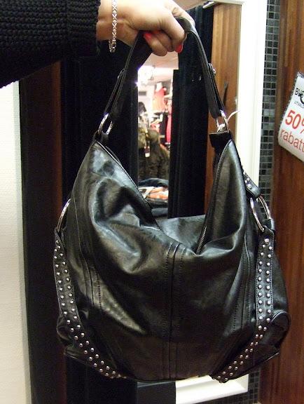 Charmant väska 599 kr