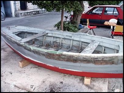 okrenuta barka