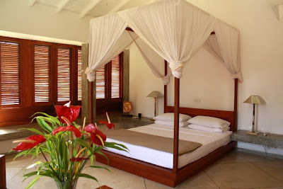 Suite at the Frangipani Tree hotel in Thalpe Sri Lanka