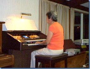 Kay Izillo