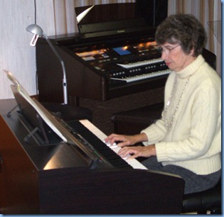 Club Secretary, Colleen Kerr, played three lovely pieces for us. It was fitting that our Secretary played our Clavinova CVP-305 for the last time. As next month we shall have the brand new top-of- the-line Clavinova CVP-509 installed in our Club premises! The CVP-305 is still a great machine though and it has served us well over the last two years.