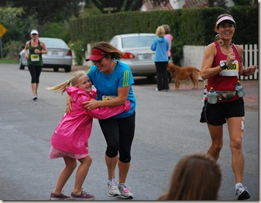 Santa Barbara Marathon family cheerleaders
