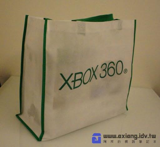 [Xbox360] 身體就是控制器!Kinect + New Xbox360 4G同綑版開箱!
