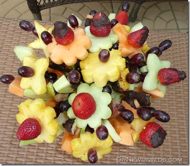 diy_edible_fruit_bouqeut_arrangement