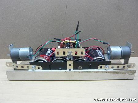 rekacipta.net - robot pengimban diri 09