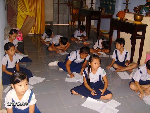 Thi vượt bậc Đoàn Sinh NK 2010