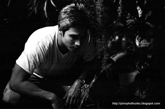 More about: Pinoy Hot Hunks , Piolo Pascual , Star Profile