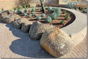 110223_living_desert_entrance_plaza