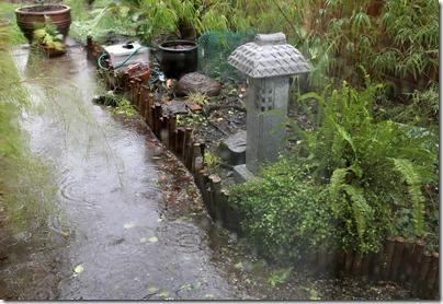 110320_rain_asian_garden