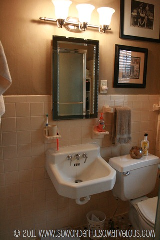 bathroom before 011