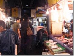 13Japan-FishMarket 002