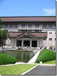14Japan-TokyoMuseum-Sushi 008