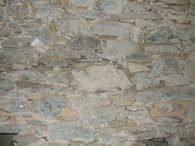 Rejointoyer un mur en pierre forum ma onnerie fa ades for Enduire un mur en pierre interieur