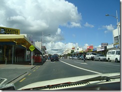 Main Street, Papakura (red earth in Maori)