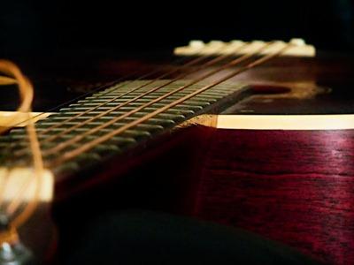 DSCF4332_f70_guitar[1]