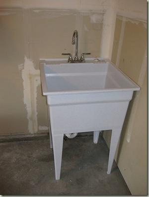 Utility Sink In Garage : FREE: Garage/Utility Sink - Dorkiphus.net