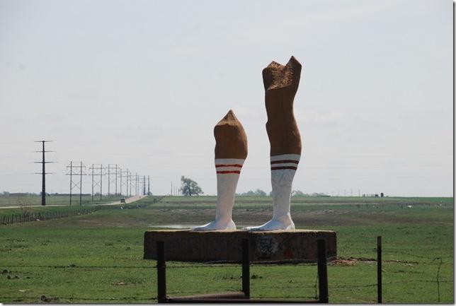 04-18-10 C Amarillo Hugh Pair of Legs 008