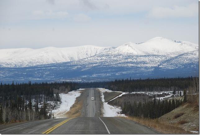 04-24-09  B Alaskan Highway - Yukon 015