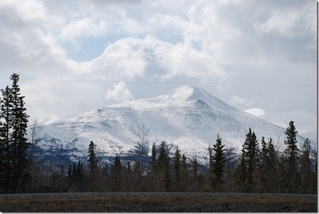 04-24-09  B Alaskan Highway - Yukon 043