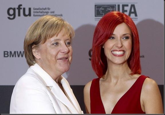 IFA 2010 Angela Merkel e Miss IFA