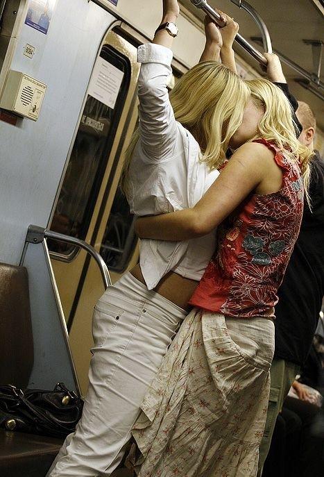 Фото из метро спящих девушек фото 128-905