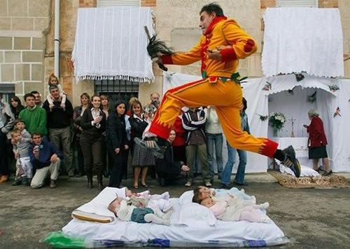 acrobat (4)