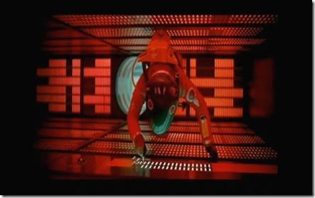 Cena do filme '2001: uma odisseia no espaço', dirigido por Stanley Kubrick em 1968, em que Dave, astronauta da nave Discovery, tenta desligar o computador HAL.