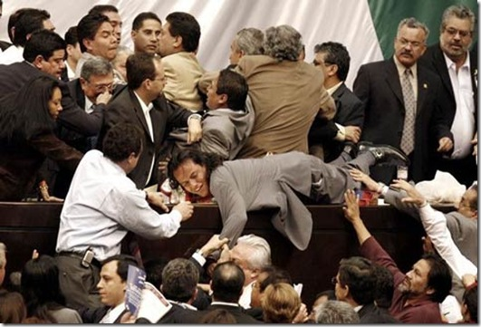 fighting_politicians_1