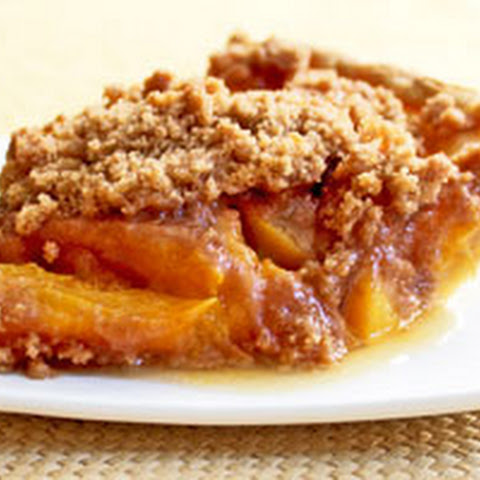 Award Winning Vegan Peach Crumb Pie