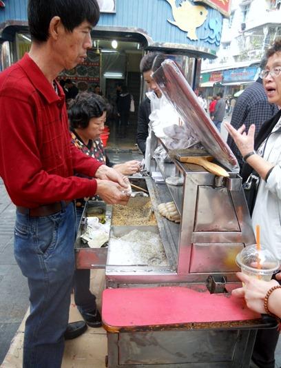 Scene: Gu Lang Yu (Food Edition) - Black Sesame Mochi