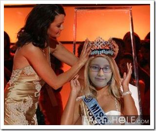 Alicia, Miss Contadora de Historias