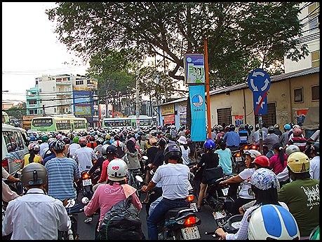 Atrapados en un atasco en Saigón