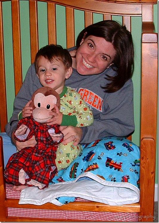 seth mommy bed crop