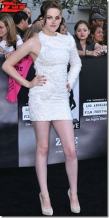 kristen-stewart-sparkles-at-twilight-eclipse-premiere_b