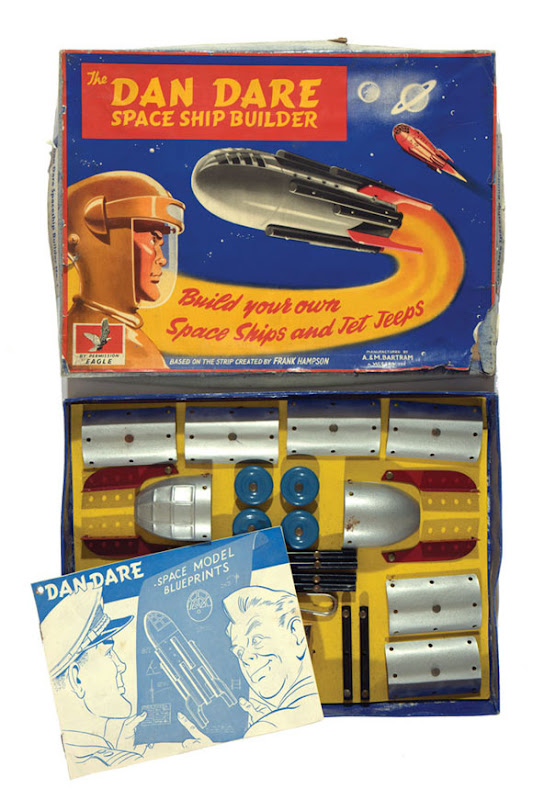 Dan_Dare_Spaceship_Builder1.jpg