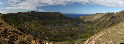 The crater or Rano Kau