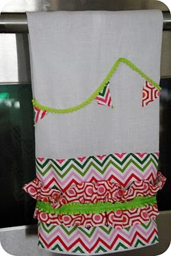 pink and green dishtowel