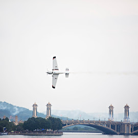 Redbull Air Race 2014 by Dokter Ajai - Sports & Fitness Other Sports ( airplane )