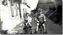 Robert Mannel - young boy in Rockville - 51 Vernon Ave - with Arlene and Norman