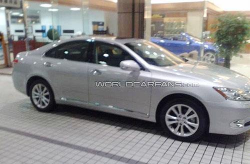 New Lexus ES