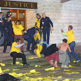 Juin 2000 expulsion du Tribunal de Bayonne