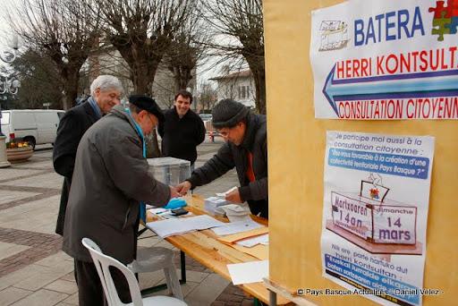 Batera vote 2010 3.jpg