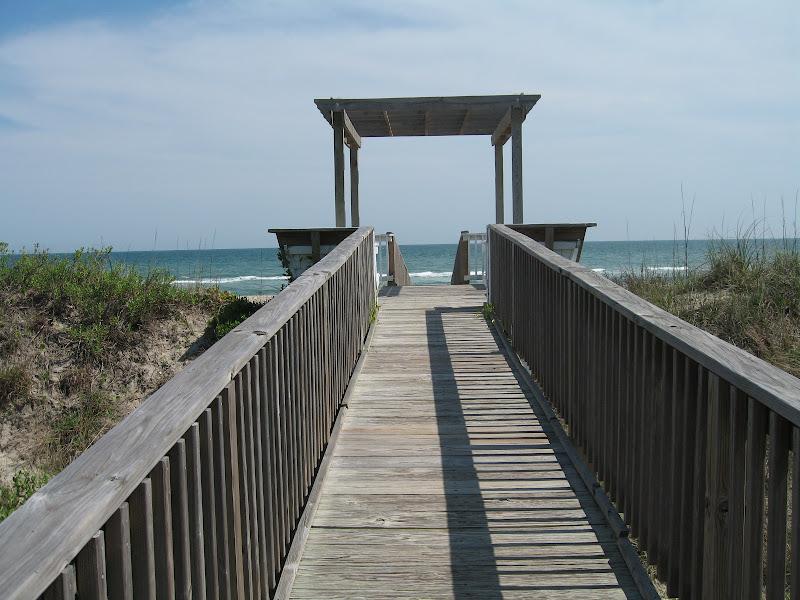 ocean walkway - Spinnakers Reach at the beach - Emerald Isle North Carolina