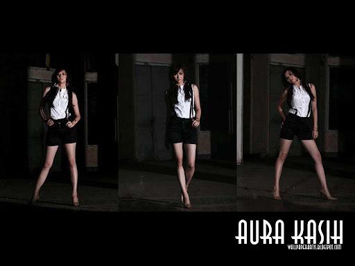 Aura Kasih/seksi.cantik.manis/hot/bugil/sexy-aura-kasih-black-white.jpg